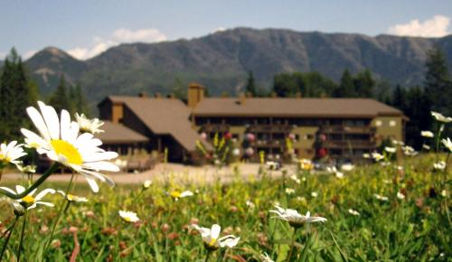 The Griz Inn By Park Vacation Management - Fernie, BC V0B 1M6