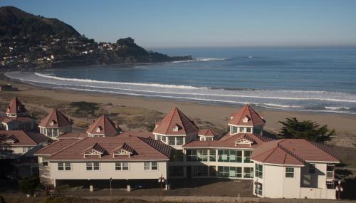 Pacifica Beach Hotel Photo