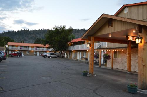 Western Traveller Motel - Grand Forks, BC V0H 1H0