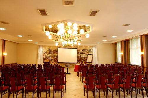 Benczur Hotel photo 5