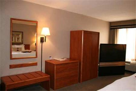 Hampton Inn Columbus/taylorsville/edinburgh - Edinburgh, IN 46124