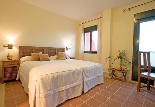 Doppel-/Zweibettzimmer mit Balkon und Meerblick Hotel Sindhura 21