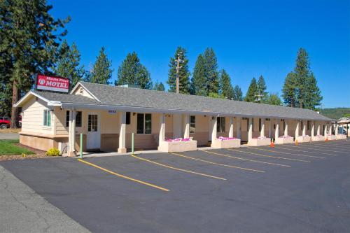 Shasta Pines Motel Hotel Burney