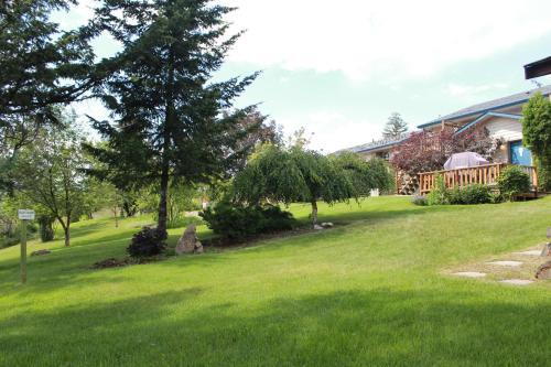 Drummond Lodge - Williams Lake, BC V2G 2W3