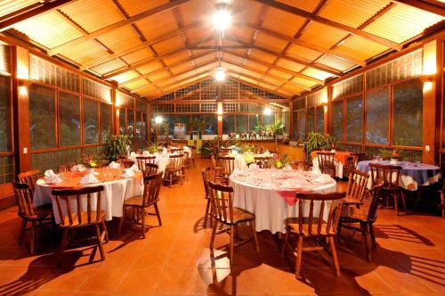 Evergreen Lodge Photo