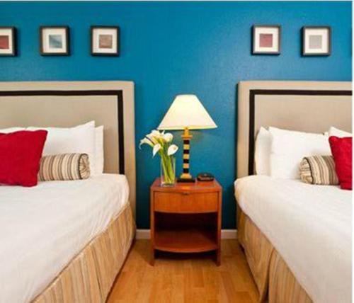 The Alpine Inn & Suites Photo