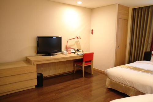 Ramada Hotel & Suites Seoul Namdaemun photo 6