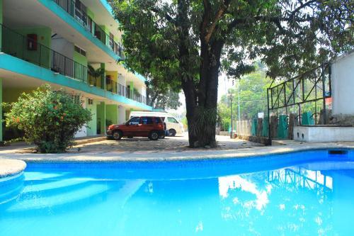 Hotel Avenida Photo