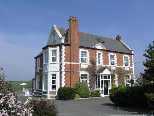 Treator, Padstow, Cornwall, England, United Kingdom, PL28 8RU.