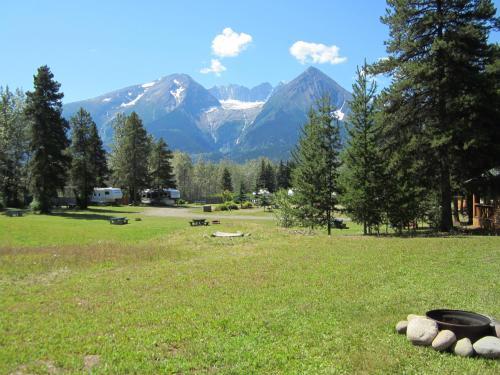 Glacier View Cabins & Rv Park - Smithers, BC V0J 2N2