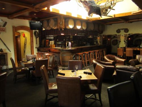 Aspen Inn - Smithers, BC V0J 2N0