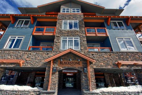 Blackstone Mountain Lodge by CLIQUE Photo
