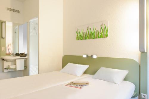 ibis budget Zurich City West photo 18