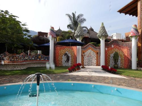 Paradise Hotel Boutique & Lounge Photo
