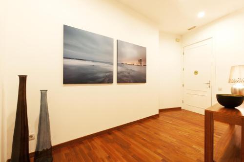 Serennia Apartamentos Ramblas - Plaça Catalunya photo 125