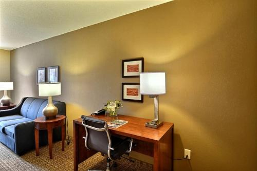 Comfort Inn & Suites North Conway Photo