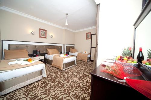 Hotel Diamond City photo 24