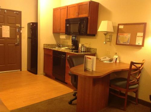 Candlewood Suites Jonesboro Photo
