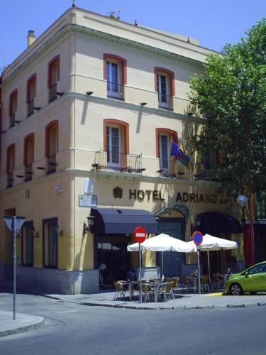 Calle Adriano, 12, 41001 Sevilla, Spain.