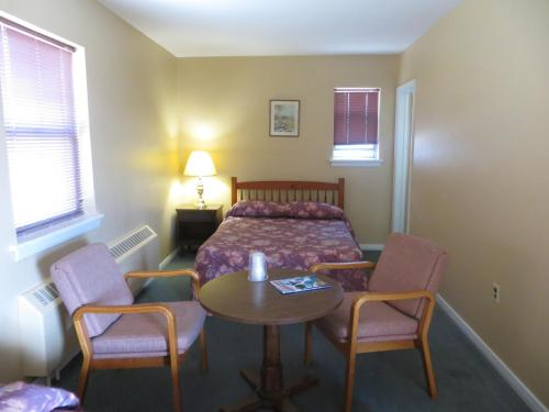 Riverview Motel - Niagara Falls, ON L2E 3G1