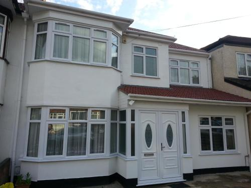Apple House Guesthouse Wembley photo 19