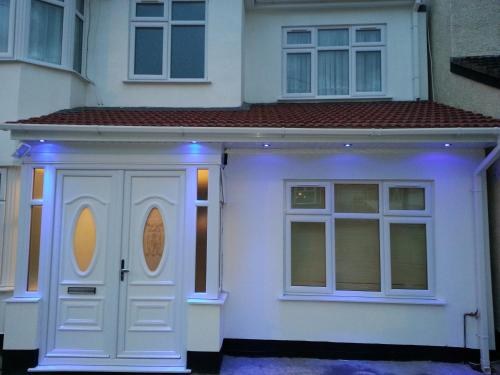 Apple House Guesthouse Wembley photo 22
