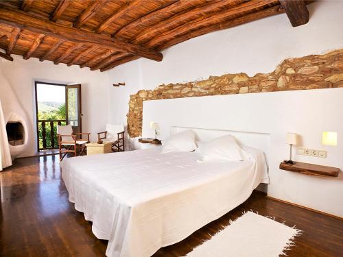 Superior Double Room Agroturismo Ca n'Escandell 23
