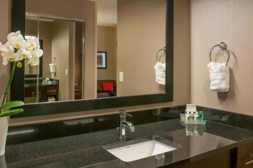 Homewood Suites- Denver Downtown Convention Center - Denver, CO 80202