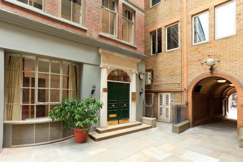 Picture of SACO Fleet Street, Crane Court