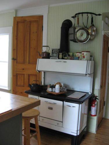 Croft House Bed & Breakfast - Granville Ferry, NS B0S 1K0