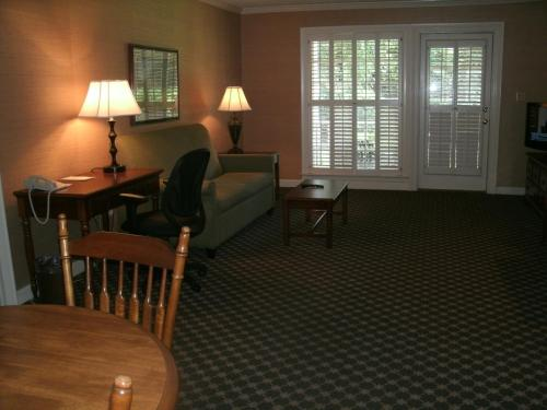 Merry Acres Inn - Albany, GA 31708