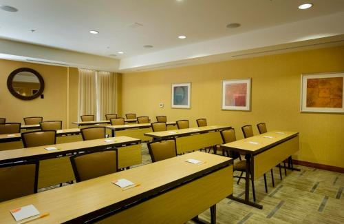 Courtyard By Marriott Atlanta Buford Mall Of Georgia - Buford, GA 30519