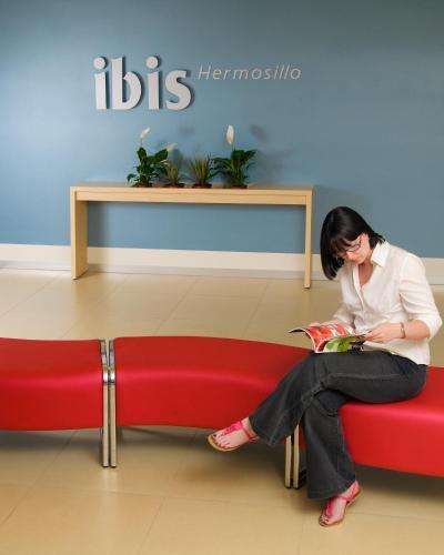 Ibis Hermosillo Photo