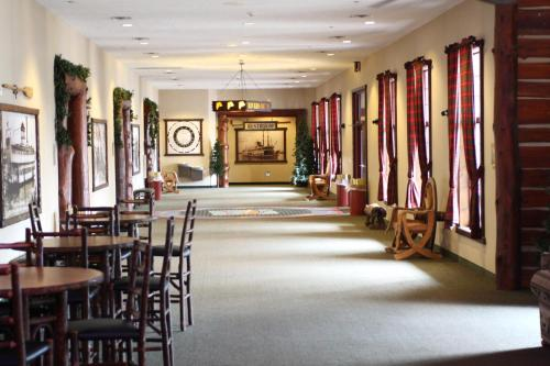Stoney Creek Hotel & Conference Center - Moline