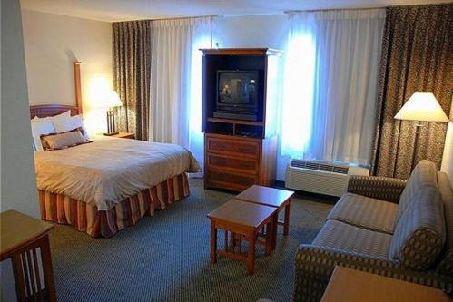 Staybridge Suites Allentown Airprt Lehigh Valley - Allentown, PA 18109