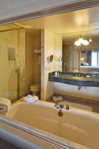 Hotel Bellwether - Bellingham, WA 98225