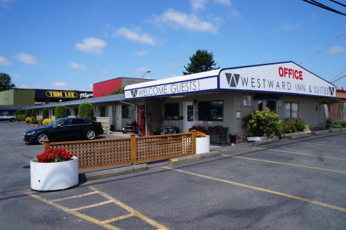 Westward Inn & Suites Photo