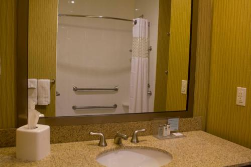 Hampton Inn And Suites Harrisburg/north Pa - Harrisburg, PA 17110