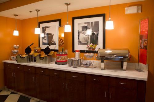 Hampton Inn & Suites Harrisburg in Harrisburg