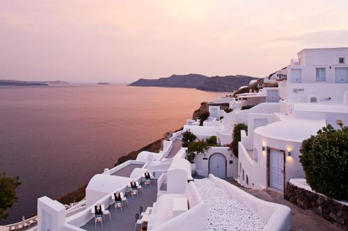 Canaves Oia Boutique Hotel