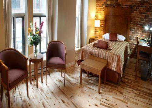 Hotel Quartier des Spectacles Photo