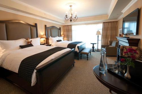Oak Bay Beach Hotel - Victoria, BC V8S 2N2