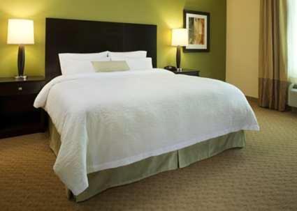 Hampton Inn & Suites Jamestown - Jamestown, ND 58401