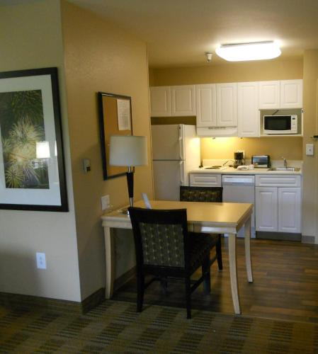 Extended Stay America - Orlando - Convention Center - Universal Blvd photo 9