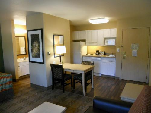 Extended Stay America - Orlando - Convention Center - Universal Blvd photo 14