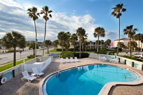Days Inn By Wyndham Cocoa Beach Port Canaveral