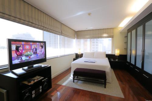 Siri Sathorn Hotel photo 26