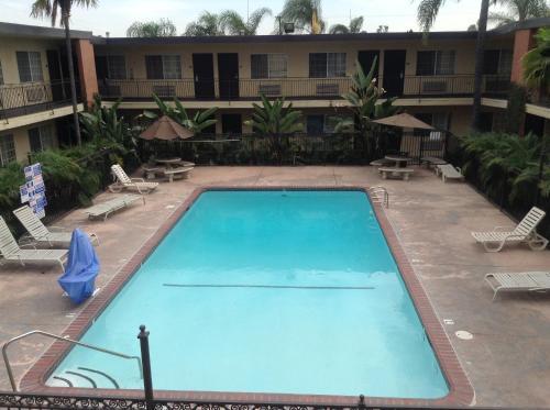 American Inn & Suites Photo