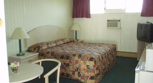 The Hollander Motel Photo