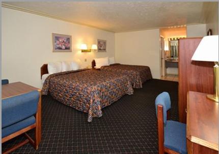 Rodeway Inn Pronghorn Lodge Photo